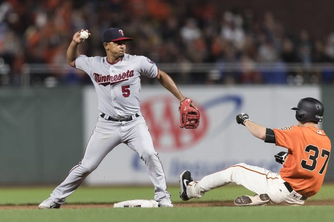 Dozier, Vargas HRs lead Berrios, Twins over Giants 3-2