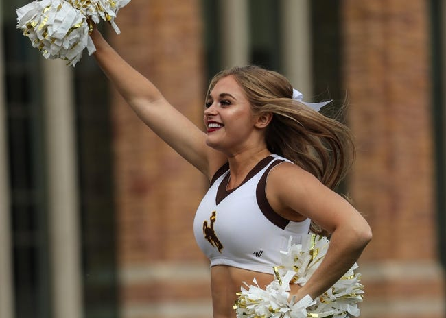 Wyoming vs. Central Michigan - 12/22/17 College Football Pick, Odds, and Prediction