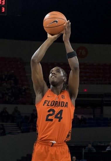 NCAA BB | Charleston Southern Buccaneers (1-0) at Florida Gators (0-1)
