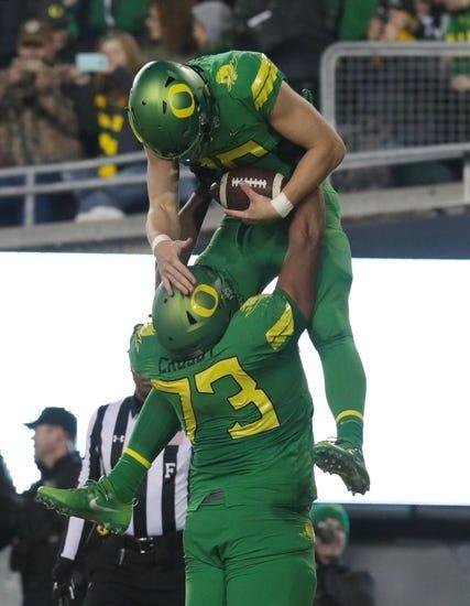 CFB | Bowling Green Falcons (2-10) at Oregon Ducks (7-6)