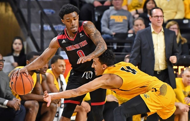 NCAA BB | Evansville Purple Aces (4-3) at Arkansas State Red Wolves (2-5)