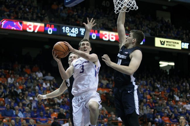 NCAA BB | Boise State Broncos (5-8) at Wyoming Cowboys (4-9)