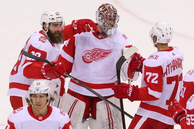 NHL | New Jersey Devils (5-3-1) at Detroit Red Wings (3-7-2)