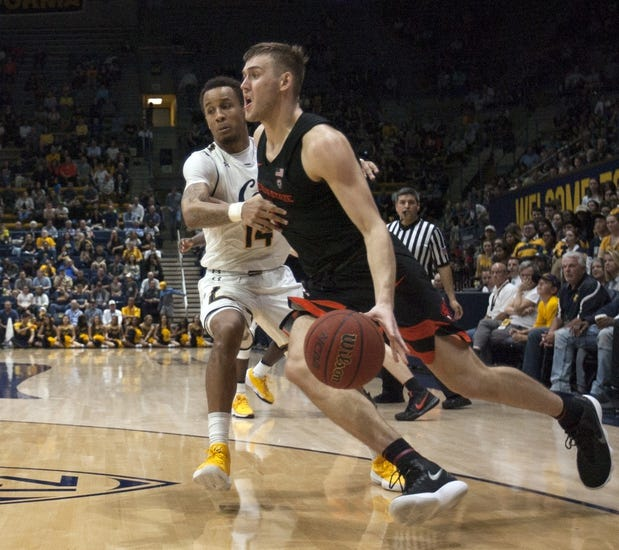 NCAA BB | California at Oregon State