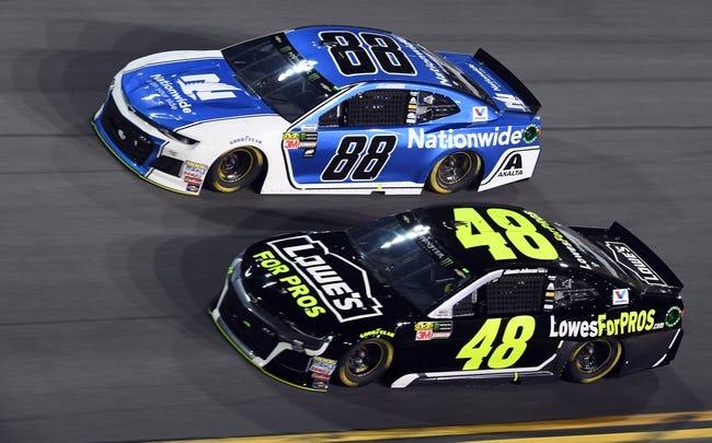 Folds of Honor QuikTrip 500: NASCAR Odds, Pick, Predictions, Dark Horses - 2/25/18