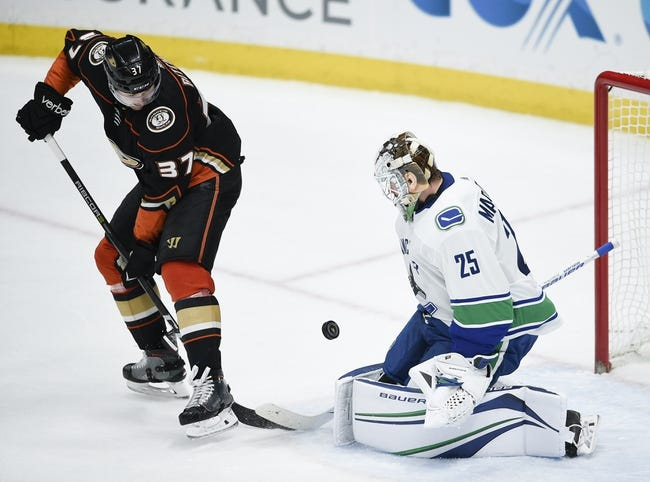 NHL | Anaheim Ducks (39-24-13) at Vancouver Canucks (27-40-9)