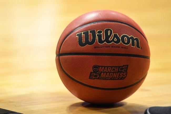 NCAA BB | Houston Baptist Huskies (6-25) at Arizona Wildcats (27-8)