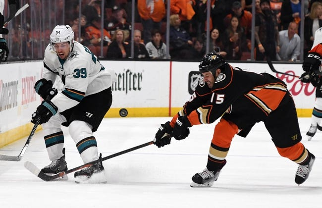 NHL | Anaheim Ducks (44-27-13) at San Jose Sharks (47-27-10)