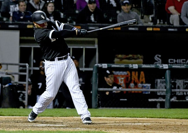 MLB | Texas Rangers (17-27) at Chicago White Sox (10-29)