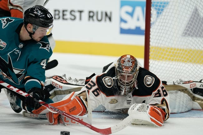 NHL | San Jose Sharks (5-3-2) at Anaheim Ducks (5-5-1)