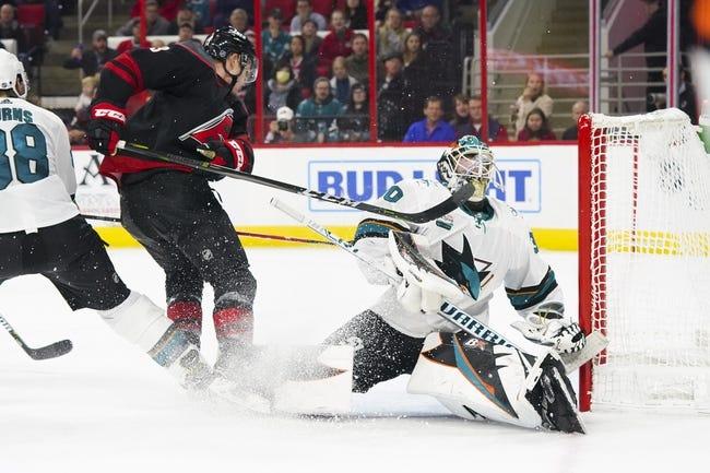 NHL | Carolina Hurricanes (12-10-4) at San Jose Sharks (13-10-5)