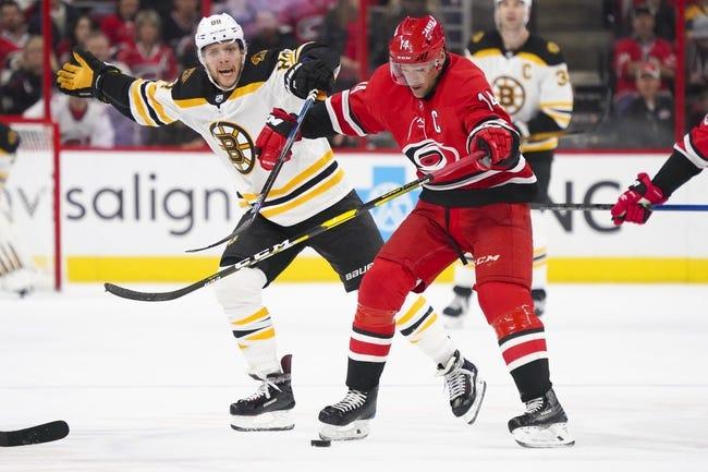 NHL   Boston Bruins (20-12-4) at Carolina Hurricanes (14-15-5)