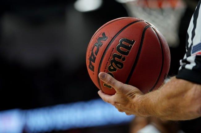 NCAA BB | Mercer Bears (5-8) at Furman Paladins (12-2)