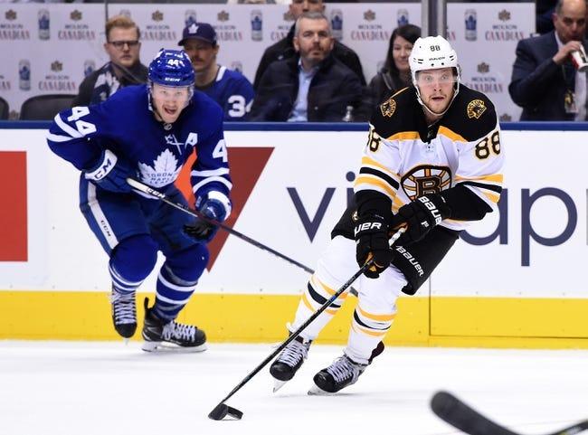 NHL | Toronto Maple Leafs (20-8-1) at Boston Bruins (14-10-4)