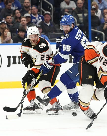 NHL | Tampa Bay Lightning (30-7-2) at Anaheim Ducks (19-15-6)