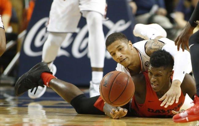 NCAA BB | Dayton at Massachusetts