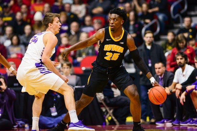 NCAA BB | Western Carolina Catamounts (3-9) at Iowa Hawkeyes (8-2)