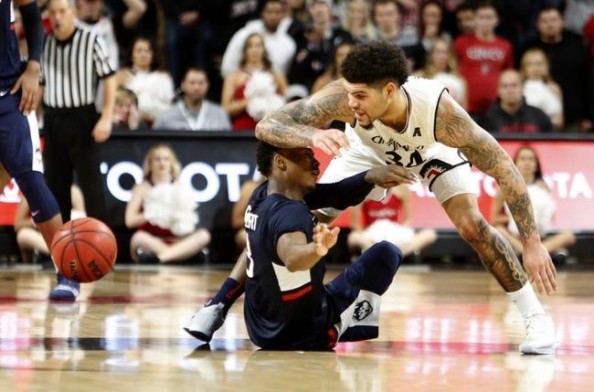 NCAA BB | Cincinnati at Connecticut