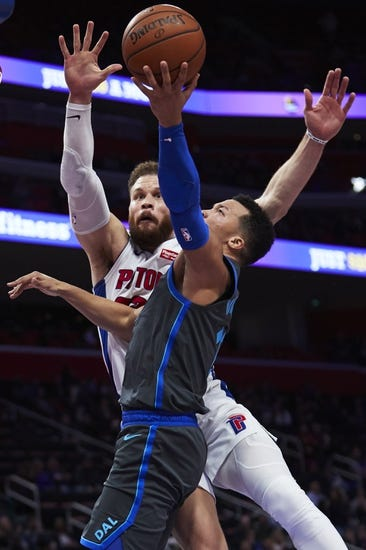 NBA | L.A. Clippers at Detroit Pistons