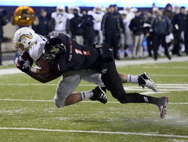 CFB | Northern Illinois Huskies (9-2) at Western Michigan Broncos (8-3)