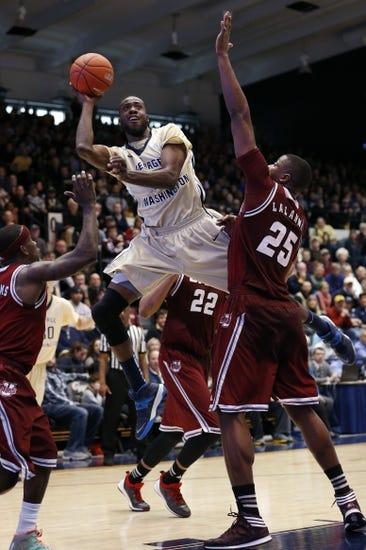 Massachusetts Minutemen vs. George Washington Colonials - 1/12/16 College Basketball Pick, Odds, and Prediction