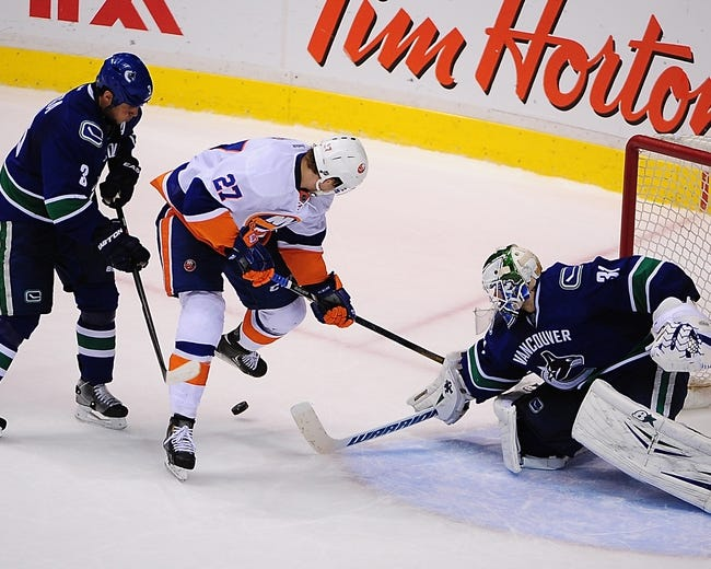 Vancouver Canucks vs. New York Islanders - 1/6/15 NHL Pick, Odds, and Prediction
