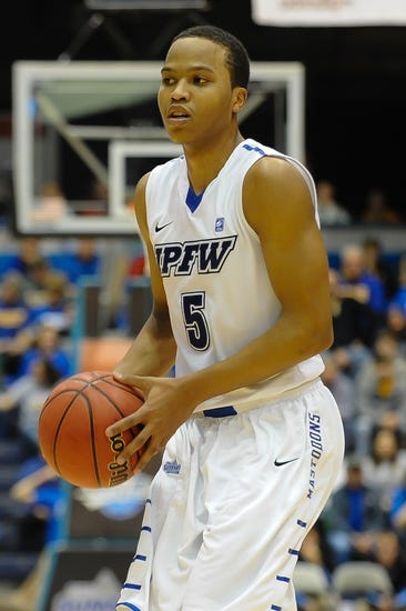 Valparaiso vs. IPFW -  11/13/15 College Basketball Pick, Odds, and Prediction