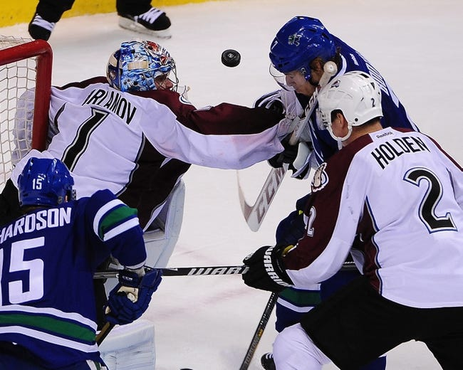 Colorado Avalanche vs. Vancouver Canucks - 10/24/14