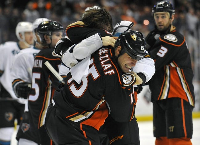NHL | Anaheim Ducks (14-4-5) at San Jose Sharks (10-10-4)