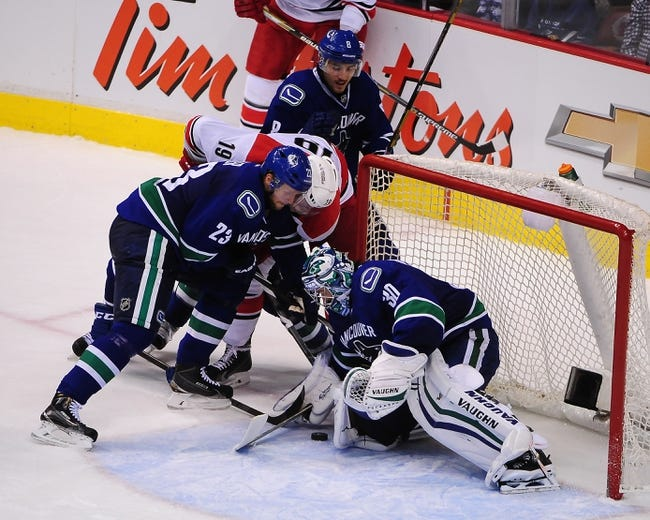 Carolina Hurricanes vs. Vancouver Canucks - 1/16/15 NHL Pick, Odds, and Prediction