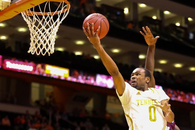 Tennessee Volunteers vs. Santa Clara Broncos - 11/27/14 College Basketball Pick, Odds, and Prediction