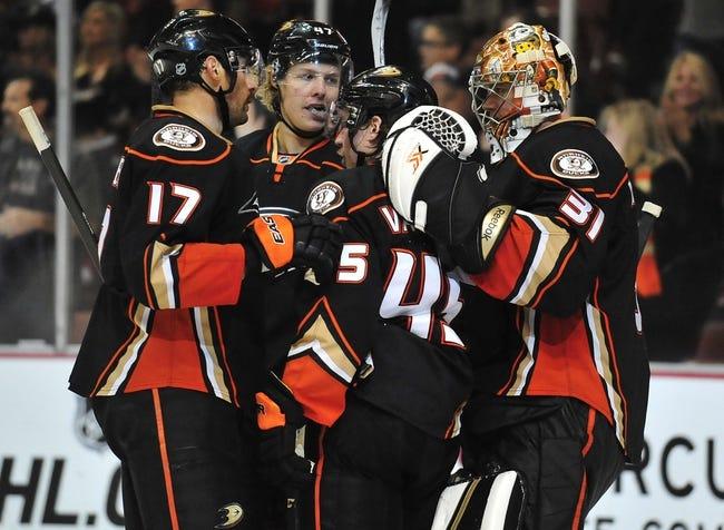 NHL   Anaheim Ducks (23-8-5) at Arizona Coyotes (12-18-4)