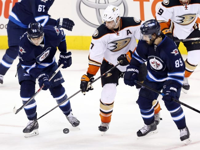 NHL | Anaheim Ducks (19-6-5) at Winnipeg Jets (15-9-6)