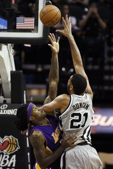 San Antonio Spurs vs. Los Angeles Lakers - 1/23/15 NBA Pick, Odds, and Prediction
