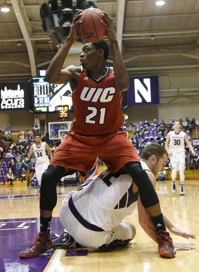 Green Bay Phoenix vs. UIC - 2/26/16 College Basketball Pick, Odds, and Prediction