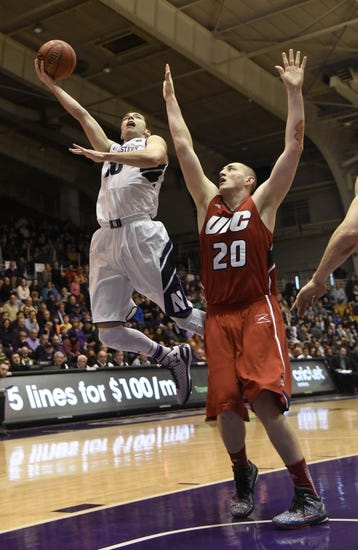Illinois-Chicago Flames vs. Wisc-Green Bay Phoenix - 2/26/15 College Basketball Pick, Odds, and Prediction