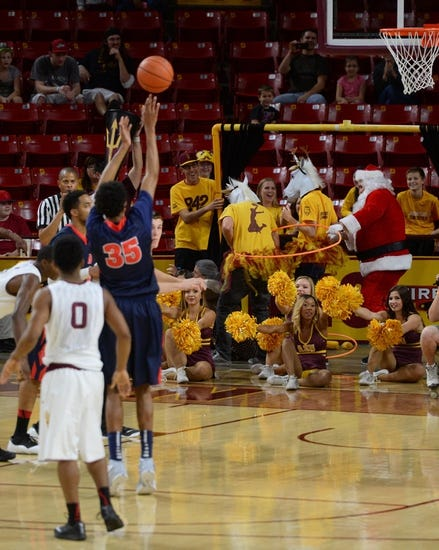 Detroit Titans vs. Illinois-Chicago Flames - 2/8/15 College Basketball Pick, Odds, and Prediction