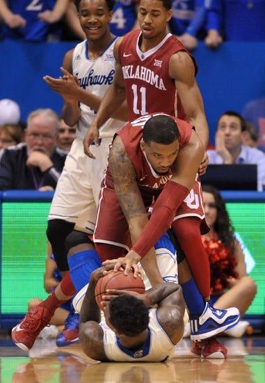 Oklahoma Sooners vs. Kansas Jayhawks - 3/7/15 College Basketball Pick, Odds, and Prediction