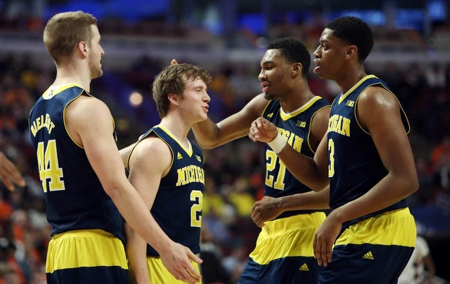 Illinois Fighting Illini vs. Michigan Wolverines - 12/30/15 College Basketball Pick, Odds, and Prediction