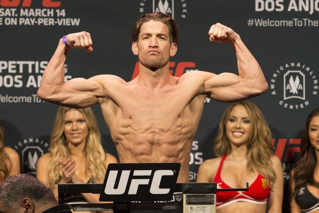 Sam Stout vs. Frankie Perez MMA Pick, Preview, Odds, Prediction - 8/23/15