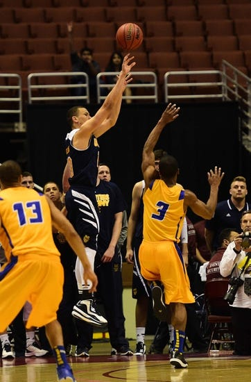Santa Barbara Gauchos vs. UC Irvine Anteaters - 1/16/16 College Basketball Pick, Odds, and Prediction