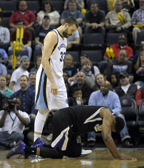 Grizzlies at Kings - 11/3/15 NBA Pick, Odds, and Prediction