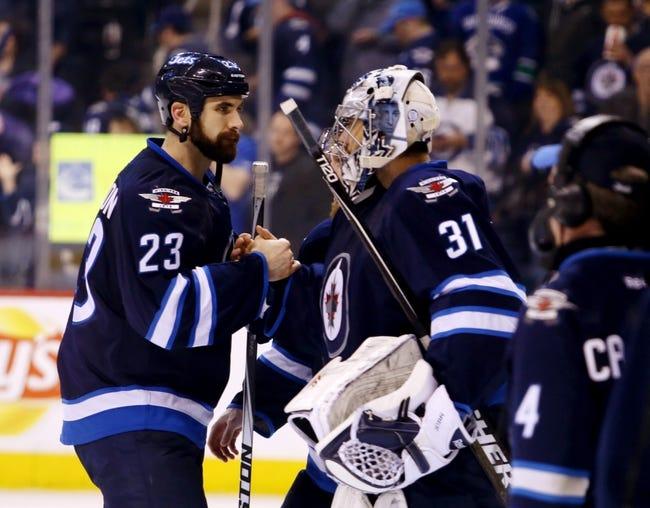 Winnipeg Jets vs. Vancouver Canucks - 11/18/15 NHL Pick, Odds, and Prediction