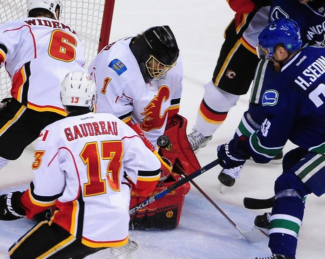 Vancouver Canucks at Calgary Flames- 4/25/15 NHL Pick, Odds, and Prediction