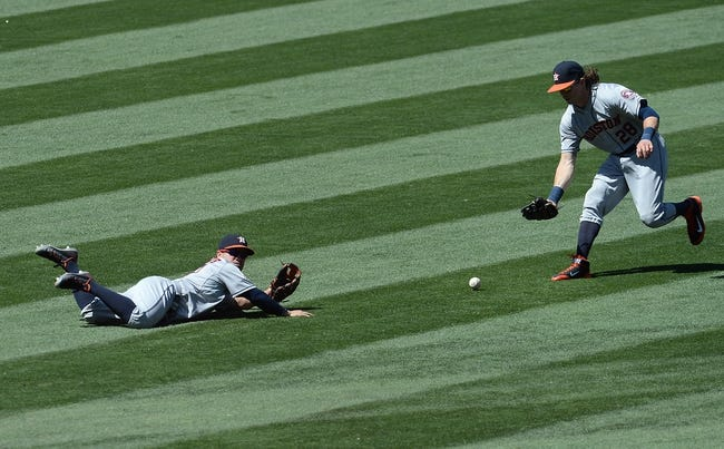 Houston Astros vs. Los Angeles Angels - 7/28/15 MLB Pick, Odds, and Prediction