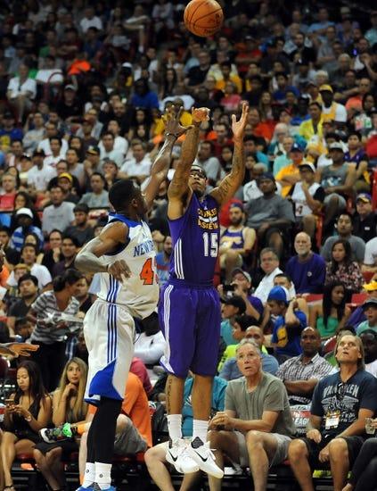 Lakers at Knicks - 11/8/15 NBA Pick, Odds, and Prediction