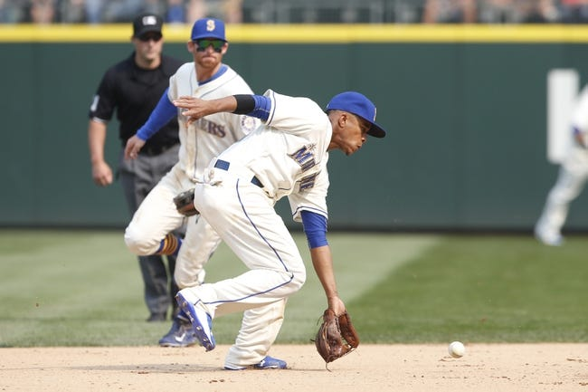 Chicago White Sox vs. Seattle Mariners - 8/28/15 MLB Pick, Odds, and Prediction
