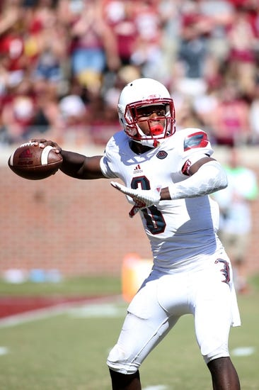 Wake Forest Demon Deacons vs. Louisville Cardinals - 10/30/15 College Football Pick, Odds, and Prediction