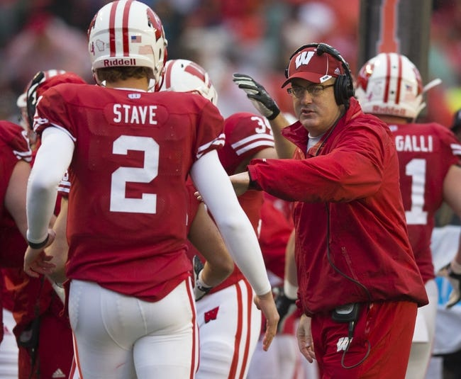 Wisconsin vs. Northwestern - 11/21/15 College Football Pick, Odds, and Prediction