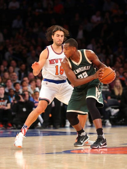 Milwaukee Bucks vs. New York Knicks - 12/5/15 NBA Pick, Odds, and Prediction